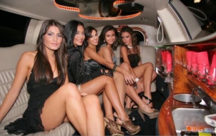 Escort girls in Aruba, Escort Girls Limo Aruba YapYum